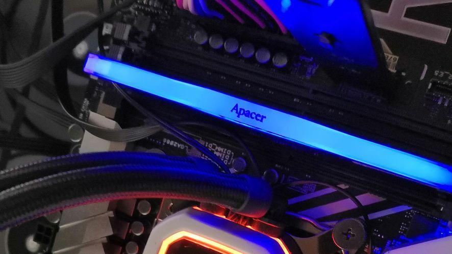 Test pamięci Apacer NOX RGB 8GB DDR4. Czy konfiguracja single channel ma jeszcze sens?
