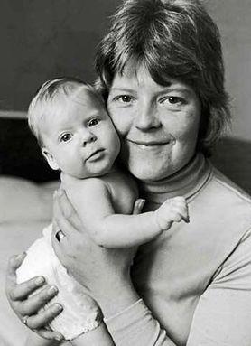 40 lat in vitro. Kim jest pierwsze dziecko urodzone dzięki tej metodzie?