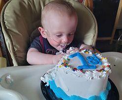 Dawali mu zero szans. Najmłodszy wcześniak świętuje 1. urodziny