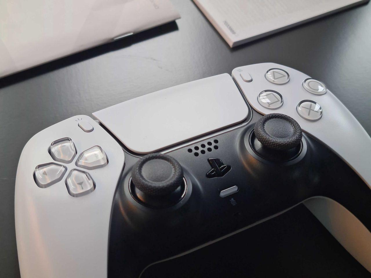 PlayStation 5 nie chce żebyś przeklinał. Tak bardzo, że... sam zobacz