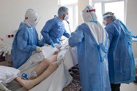 Koronawirus w Polsce. Nowe przypadki i ofiary śmiertelne. MZ podaje dane (18 września)
