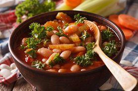 Zupa fasolowa - składniki, sposób przygotowania, wartości odżywcze