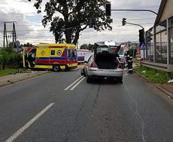 Tragedia w Małopolsce. Wypadek karetki. Wiozła pacjenta chorego na COVID-19