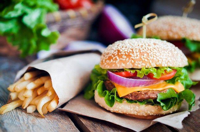 Jedzenie może sprzyjać powstawaniu chorób
