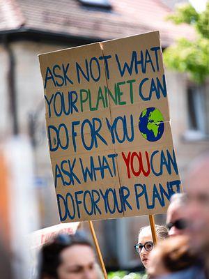 Nie narzekaj, tylko działaj - czyli gdzie zacząć, by zmienić świat