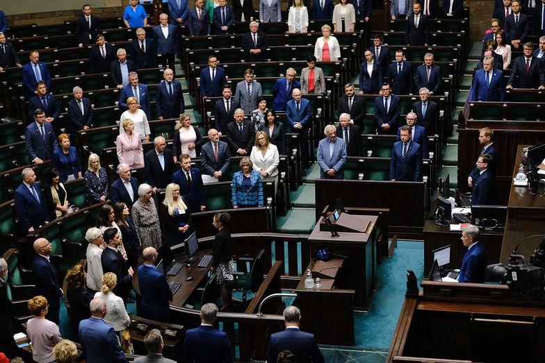 Najnowszy sondaż. Wybory parlamentarne. Na kogo zagłosują Polacy?