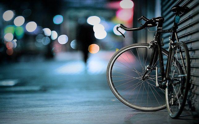 Warszawa. Policjant zobaczył, że ktoś kradnie mu rower [zdj. ilustracyjne]