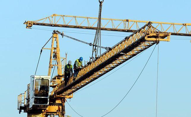 90 metrów nad ziemią – tam jest praca!