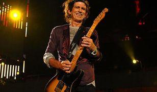 Keith Richards to gitarzysta legendarnego zespołu The Rolling Stones.