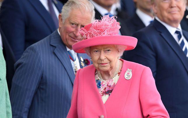 Królowa Elżbieta II jest zaniepokojona pomysłami syna księcia Karola