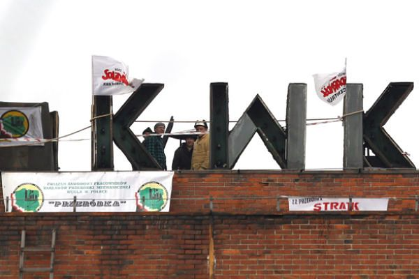 Górnicy protestują przeciwko rządowemu planowi, który zakłada zamknięcie czterech kopalń