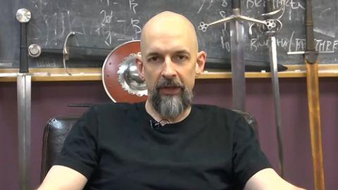 Neal Stephenson posmutniał - prace nad Clang wstrzymane