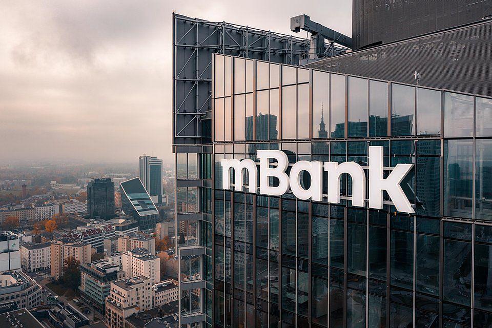 mBank prezentuje nowe logo.