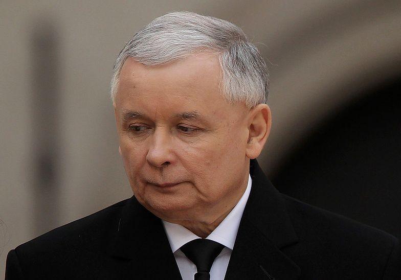 Zamach na Kaczyńskiego? Prezes PiS ewakuowany w kamizelce kuloodpornej