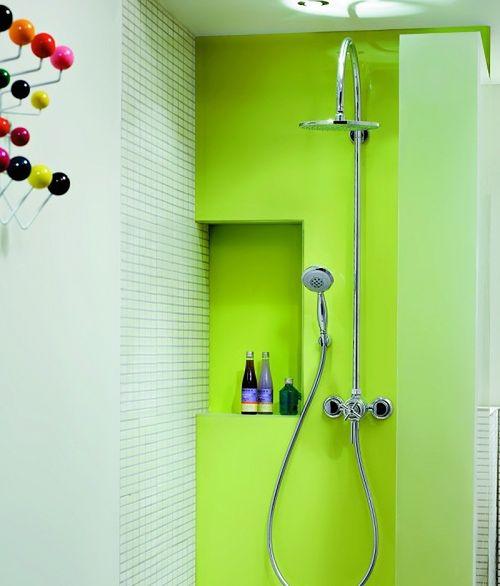 Niewymagająca kabina prysznicowa