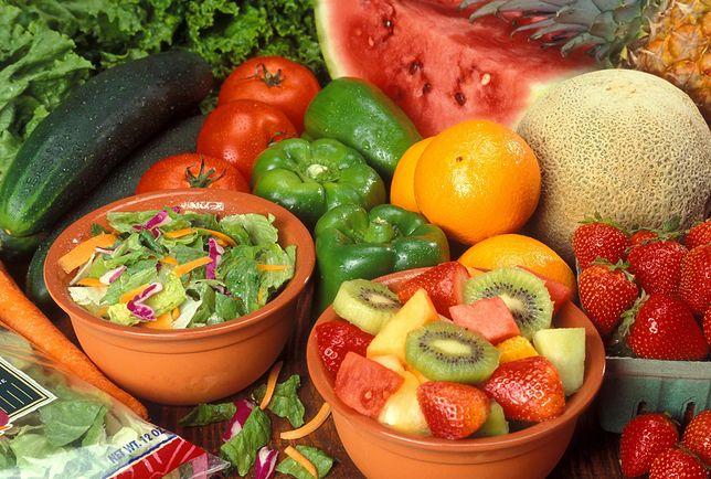 Dieta dr Dąbrowskiej opiera się na owocach i warzywach
