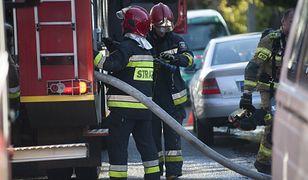 Śląskie. Ewakuacja w Tychach. Strażacy opanowali pożar hali magazynowej