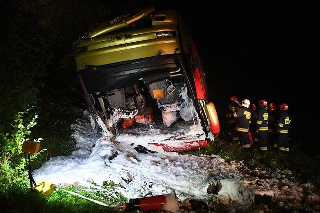 Leszczawa: Autokar spadł ze skarpy. Co najmniej 3 ofiary śmiertelne
