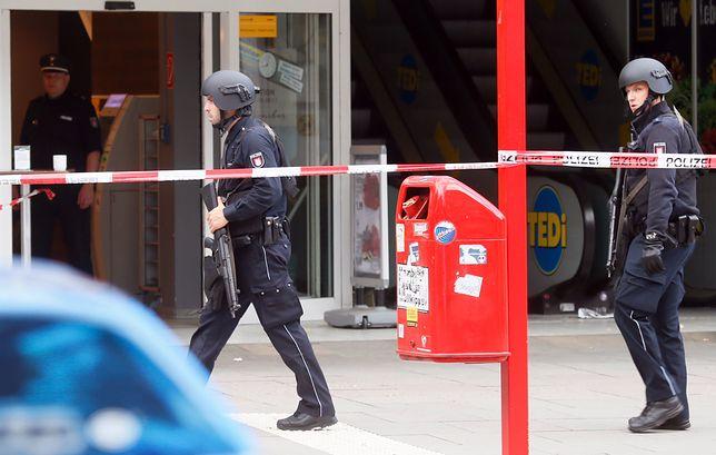 Nożownik z Hamburga działał z pobudek islamistycznych. Był niestabilny psychicznie