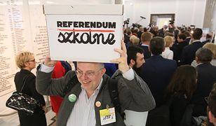 Sprawdzono podpisy ws. referendum. Ich liczba jest wystarczająca