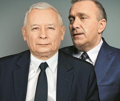 Jarosław Kaczyński i Grzegorz Schetyna. Dziś na drugim planie w przestrzeni publicznej.