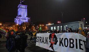 Strajk Kobiet w Warszawie. Rzecznik policji chwali protestujących