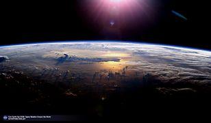 Pole magnetyczne Ziemi zmienia się - niektórzy naukowcy uważają, że możemy niedługo doświadczyć przebiegunowania