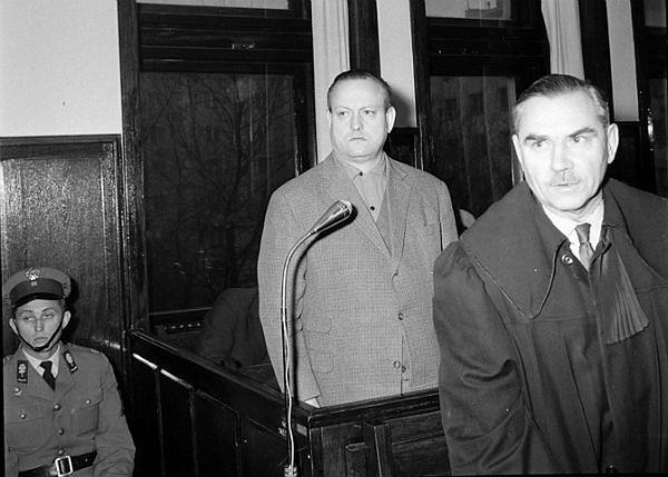 Warszawa 1965 r. - proces Stanisława Wawrzeckiego w tzw. aferze mięsnej. Skazany został na karę śmierci - wyrok wykonano wiosną 1965 r.