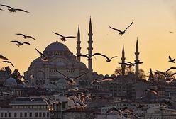 Jak waluta obowiązuje w Turcji i czy należy ją zabierać w podróż do tego kraju? Jaki jest średni kurs liry tureckiej?