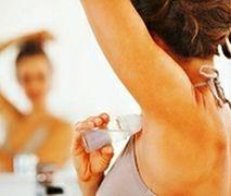 Antyperspirant a dezodorant - który jest bezpieczniejszy dla skóry?