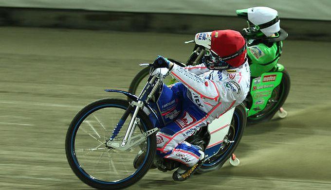 351d1545b WP SportoweFakty / Adrian Skorupski / Na zdjęciu: Tobiasz Musielak w kasku  czerwonym