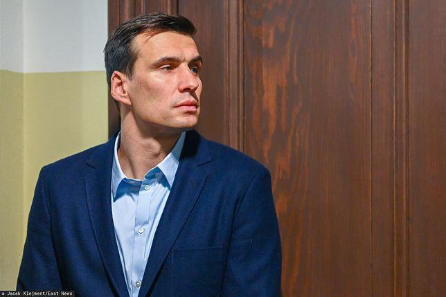 Jarosław Bieniuk próbuje naprawić błędy. Odwiedza byłą partnerkę i syna
