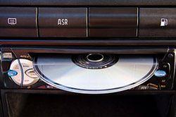 W samochodzie nie posłuchamy już płyt CD