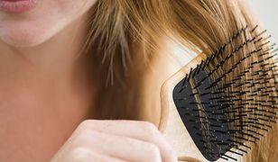 Szczotka do włosów jest siedliskiem bakterii