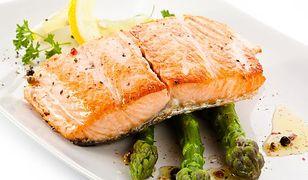 Posiłek potreningowy musi dostarczać odpowiednią ilość białka i węglowodanów.