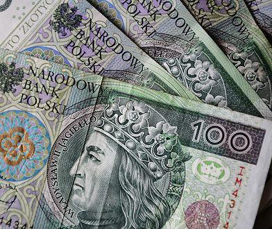 Pensja minimalna 2021. Rząd podjął decyzję. Ile będzie wynosić pensja minimalna?