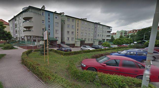 Wrocław. Pożar wybuchł w bloku na skrzyżowaniu ulicy Tyrmanda i Kossak-Szczuckiej