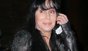 Cher odwołuje koncerty ze względu na stan zdrowia! Jak rzeczywiście się czuje?