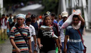 Karawana migrantów – ponad 2000 obywateli Hondurasu wędruje w kierunku USA