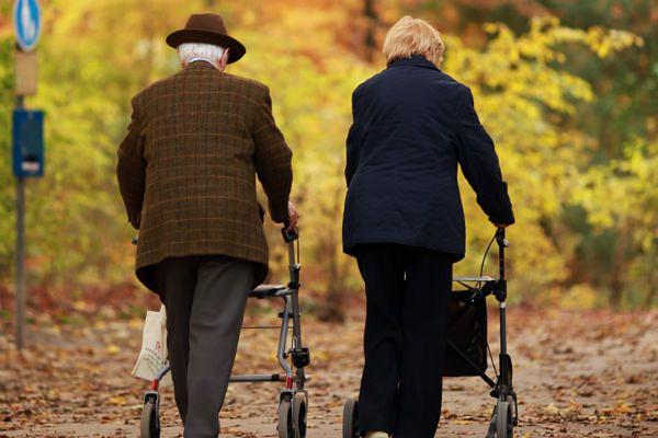 Coraz więcej Niemców spędza starość w Polsce