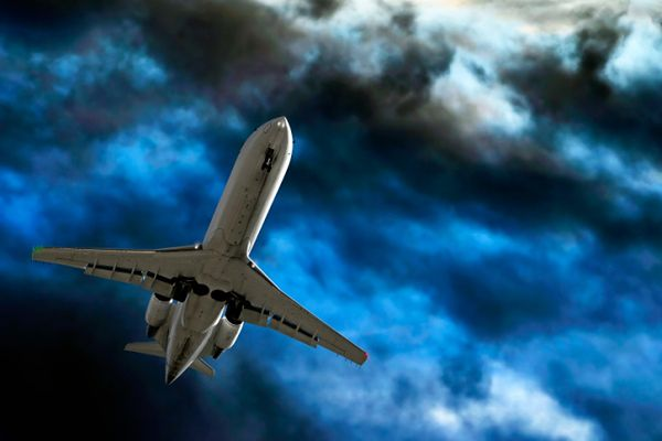 Loty nad Pacyfikiem najbardziej przyczyniają się do produkcji ozonu