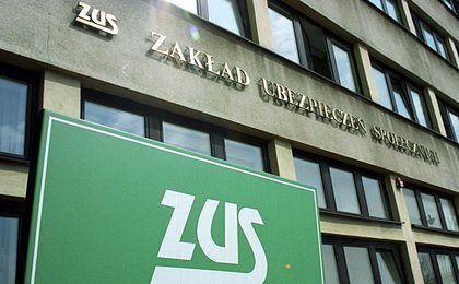 Pracownicy ZUS dostaną nagrody okolicznościowe. 1000 złotych dla każdego