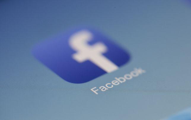 Facebook. Jak kontrolować aktywność? Instrukcja