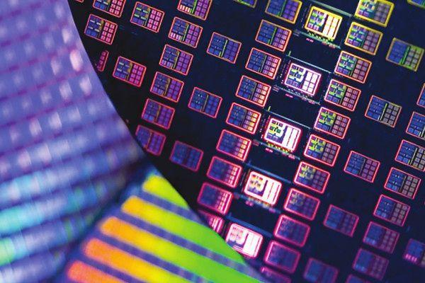 Jaka będzie przyszłość komputeryzacji? Co zamiast krzemu w procesorach?