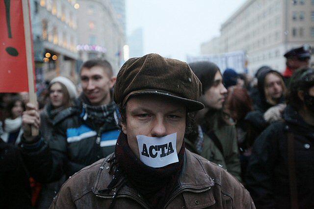 """""""Kto nie skacze ten za ACTA"""" - zdjęcia"""