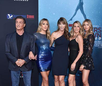 Aktor ma trzy dorosłe córki i przepiękną żonę