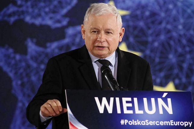 Wieluń. Jarosław Kaczyński na spotkaniu z mieszkańcami
