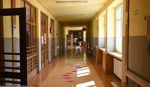 Nauczycieli brakuje już teraz. Tysiące wakatów w całej Polsce. Będzie więcej