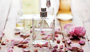 Calvin Klein to marka tworząca perfumy dla niej i dla niego
