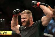 Mistrz UFC Jan Błachowicz to zapalony gracz. Ma najnowsze tytuły i kocha klasykę - Jan Błachowicz